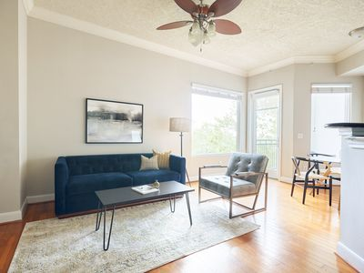 Photo for Sonder | Bayou on The Bend | Sunny 1BR + Pool