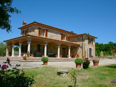 Photo for 3 bedroom Villa, sleeps 6 in Campoleone with Pool and WiFi