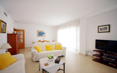 Photo for <![CDATA[AZORIN - Central apartment on the beach of Calpe for 6 people]]>