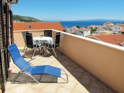 Photo for Apartment Viktor (TGR112) in Trogir - 5 persons, 2 bedrooms