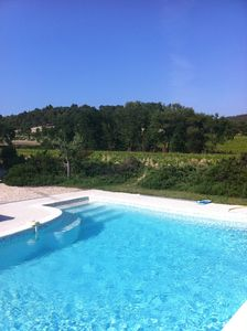 Photo for Stylish country house with private swimming pool in the middle of the Côte-Du-Rhône vineyards