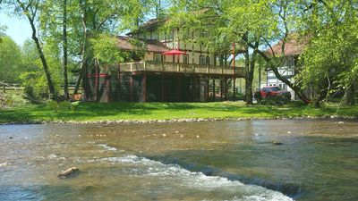 Photo for Luxury Chalet On The Chattahoochee River - Short Walk To Downtown Helen