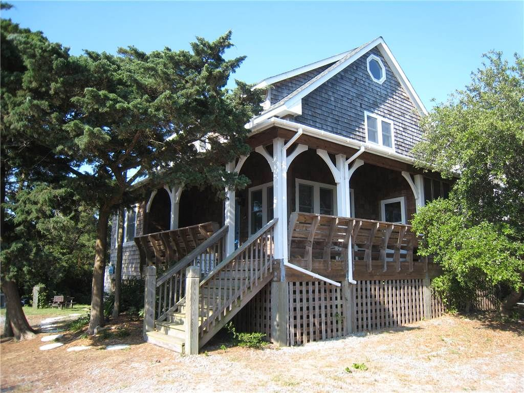 Oleander classic vacation home with southern charm for Ocracoke cabin rentals