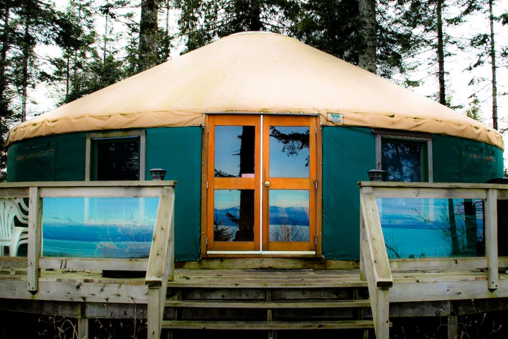 Oceanfront Yurt Vancouver Island: 2 BR Vacation Cottage for Rent in on