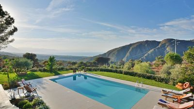 Photo for Astonishing villa with pool overlooking the bay of Palermo