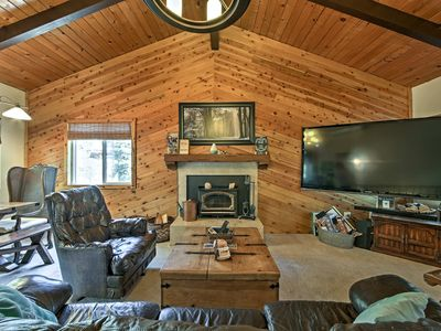 Photo for 3BR Cabin Vacation Rental in Crestline, California