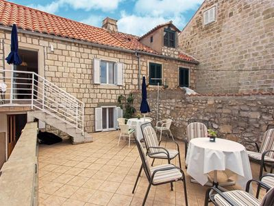 Photo for Apartment in the center of Cavtat with Internet, Air conditioning, Terrace, Balcony (990502)