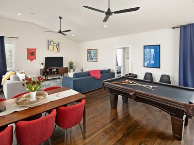 Photo for Sunny Modern Oasis - 5-mins to Downtown / 9 beds /Pool Table / Rooftop Views