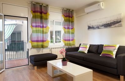 Photo for Apartment 770 m from the center of Barcelona with Internet, Air conditioning, Lift, Balcony (443044)