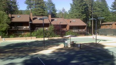 Photo for North Lake Tahoe! Great Ski area, 2 bdrm condo with fireplace
