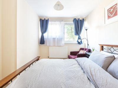 Photo for FABULOUS WARM BRIGHT & AIRY 3-BED SHOREDITCH