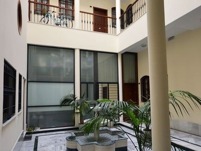 Photo for Apartment in the center of Seville with Internet, Pool, Air conditioning, Washing machine (749653)