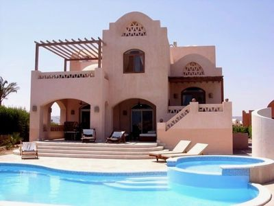 Photo for Very luxurious villa with heated private pool on superb location