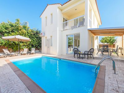 Photo for 3 bedroom villa in Pernera, a popular suburb of Protaras with beautiful beaches