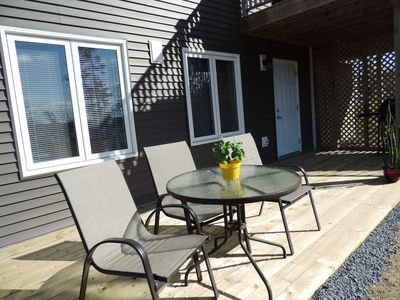 separate entrance and deck