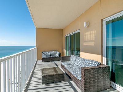 Photo for Seawind - Gulf Shores - Updated, direct beach front, great location!