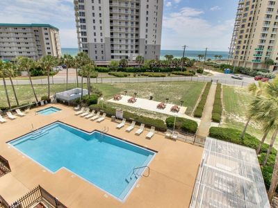 Photo for 1BR Condo Vacation Rental in Pensacola, Florida