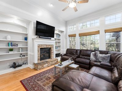 Photo for Providence Place -  Luxury & Entertainment 15 Minutes To Downtown & Braves Stadium