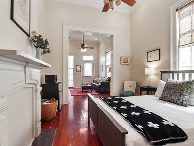 Lower Garden District Gem! Close to Convention Center, Downtown, French Quarter!
