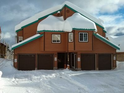 Photo for 5BR Chalet Vacation Rental in Beaverdell, BC