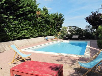 Photo for 2 bedroom Apartment, sleeps 6 in Vauvert with WiFi