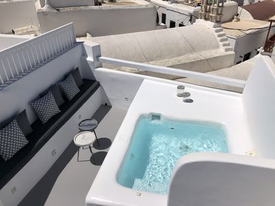 Photo for Roofs of Chora, Townhouse with Rooftop Pool