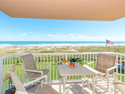 Photo for Relax at this Gorgeous Oceanfront Beach Oasis!
