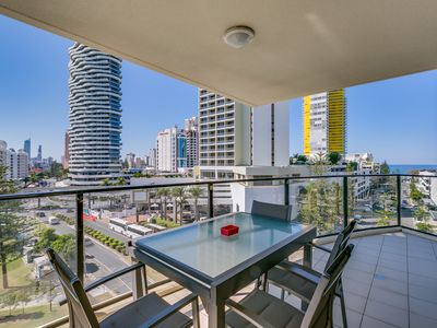 Photo for 3 Bedroom Apartment Broadbeach