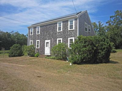 Charming Saltbox Close To Skaket Beach & OrleansTown Center