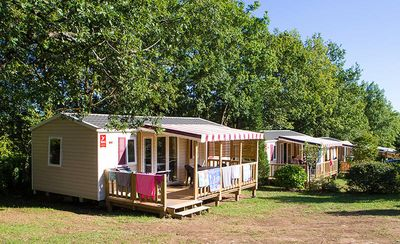 Photo for Camping Domaine de la Faurie **** - Air-conditioned 4-room mobile home 6/8 people