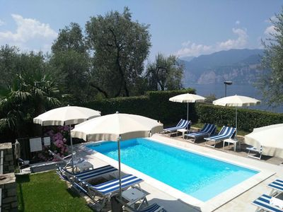 Photo for Ferienhause Malcesine with pool wifi Blick am See