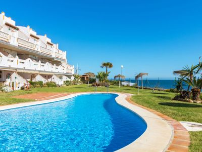 Photo for Apartment Royal Beach  in Calahonda, Costa del Sol - 4 persons, 2 bedrooms