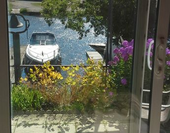 Beautiful Waterfront on Gananoque river - In the Heart of the Thousand Islands