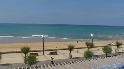 Photo for 120 m² apartment with view and direct access to the sea