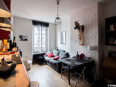 Photo for Charming 2 rooms apt in Levallois (next to Paris)