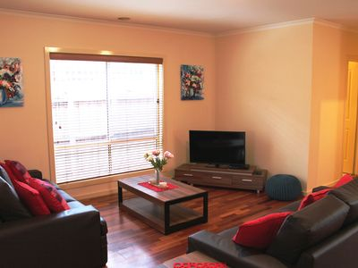 Photo for MARIGOLD CRESCENT - STYLISH 3BDRM 20MIN