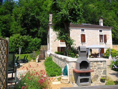 Photo for Stunning 4* Farmhouse with Pool and Four Bedrooms Sleeps 10 Family-friendly Gîte