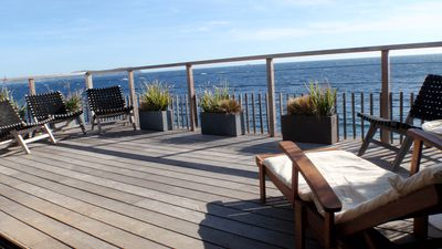Photo for Quiet waterfront house, direct and private access to the sea.