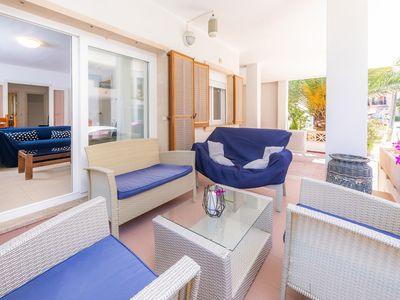 Photo for Central Apartment Near the Beach with Wi-Fi, Air Conditioning and Terrace; Parking Available