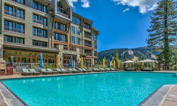 Luxury Ski In/out condo Constellation at Ritz Carlton Northstar Lake Tahoe