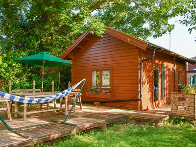Photo for Orchard Cabin, WELLAND