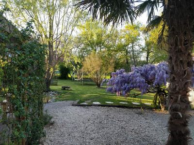 Photo for Charming house & garden - 20 minutes from Bordeaux