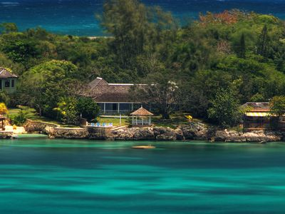 Photo for 4BR Villa Vacation Rental in Discovery Bay, Saint Ann