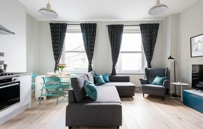 Photo for The Love Walk 1 bedroom Apartment - Apartment for 4 people in London