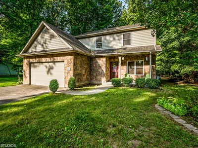 Photo for Beautiful Paw Paw Lake Area Vacation Home