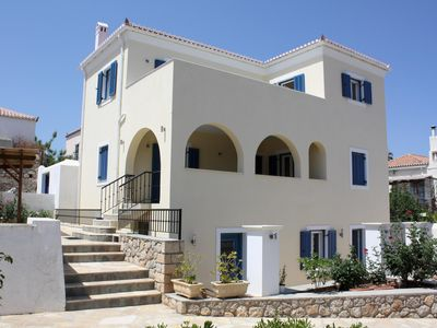 Photo for Apartment in a typical island house with sea views Dapia, Spetses