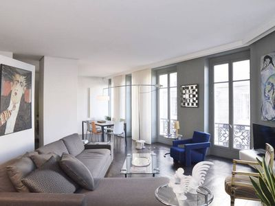 Photo for Large and Beautiful Apartment#Opéra