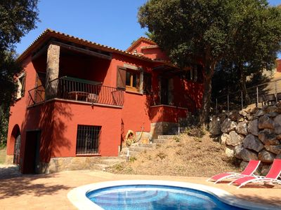 Photo for 3 Bedroom detached villa with garden, pool and free Wi-Fi access