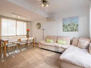 NEW HOUSE IN BEST AREA FOR EXPLORING, METRO SERVICE INFRONT, BIG MALL, CONFORT & SPACE