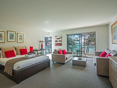 Photo for Ocean Views Esplanade Apartment - The Waves Complex Cowes